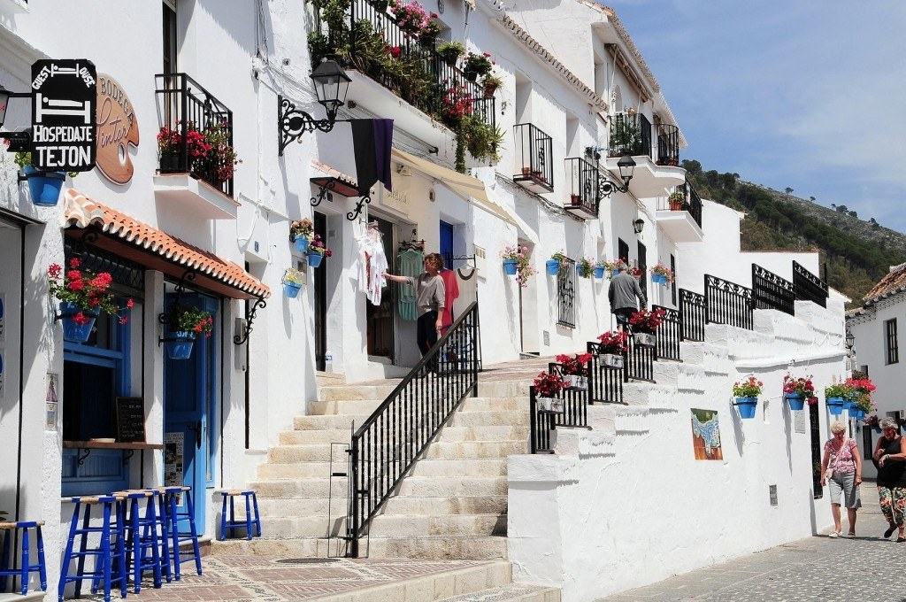 What to see in Mijas - typical street